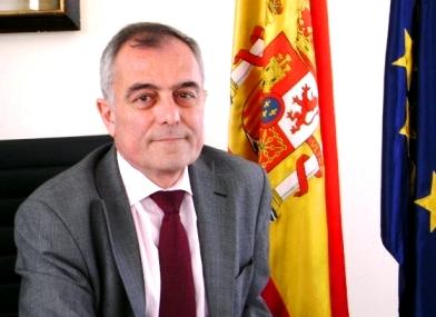 Canarias solidaria ahora entendemos lo que pasa con las pateras espa a es el primer social - Alberto navarro ...