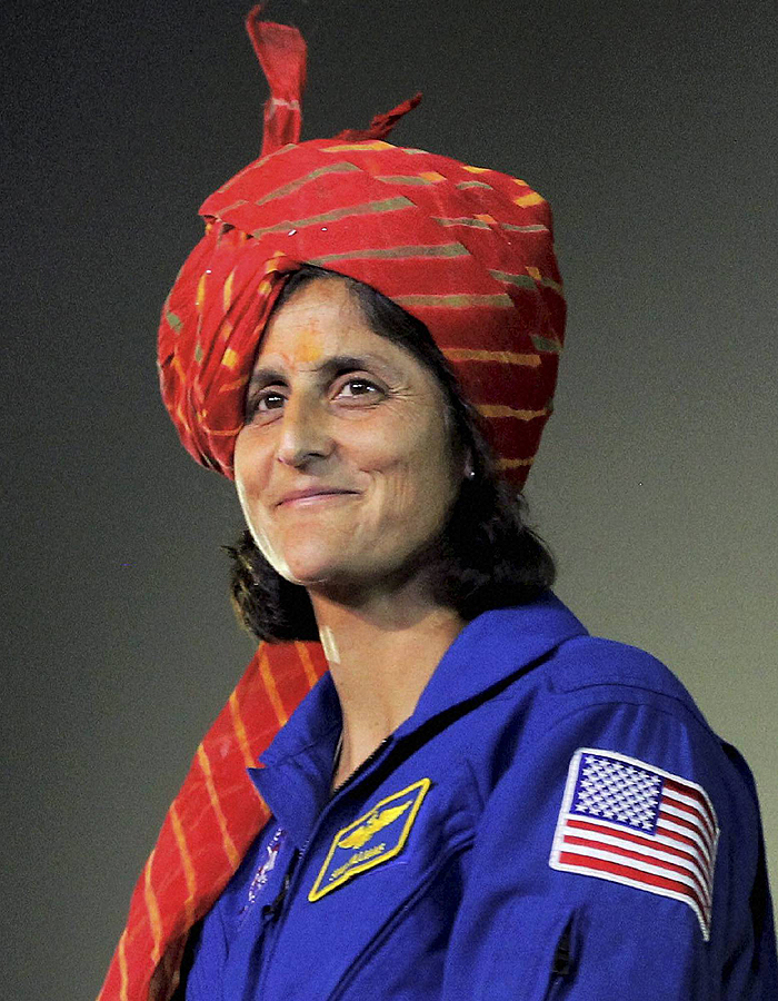 sunitha willams Citing multiple reliable sources, this article examines all of the evidence put forward to claim that sunita williams had converted to islam.