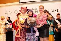 ANUGERAH BEST TOP MAKE UP ARTIST dari Avon Malaysia