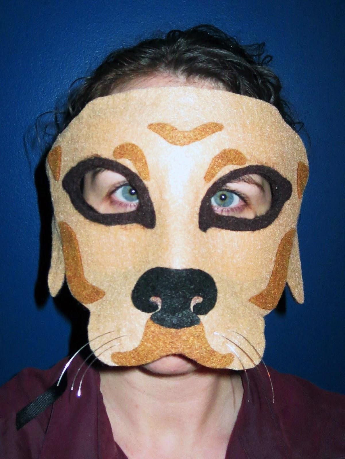 DIY Felt Golden Retriever Mask