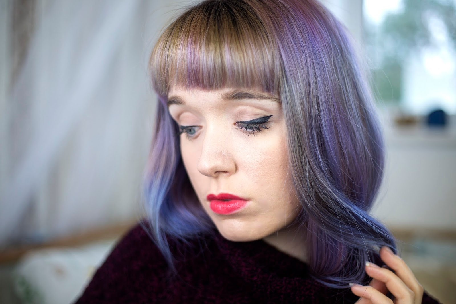 max-factor-marilyn-monroe-lipstick-review-swatch