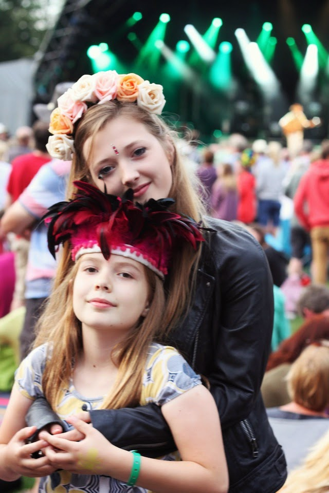 Crown and Glory, dulcie's feathers, Larmer Tree, festival style