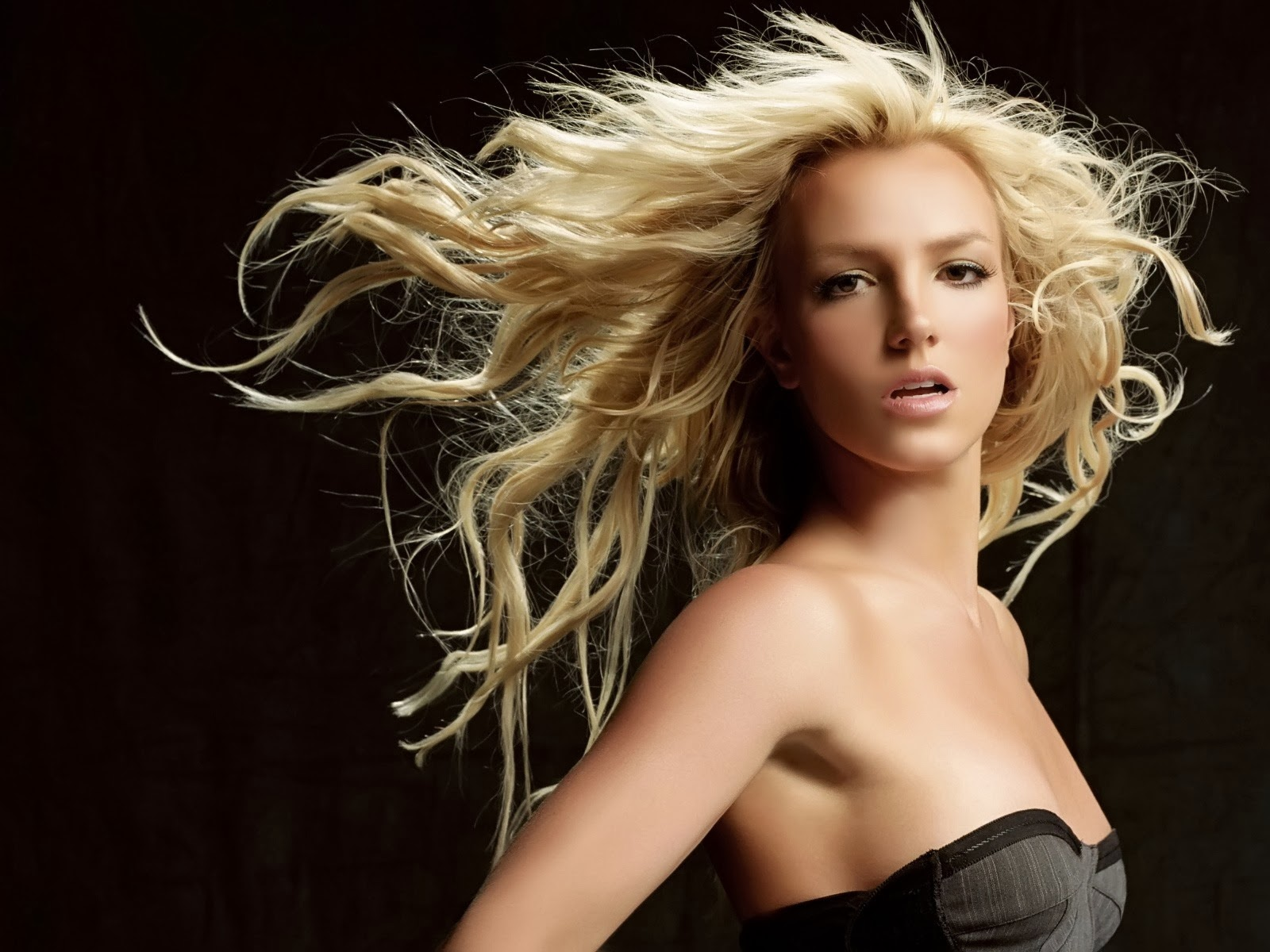 Britney+Spears+Hd+Wallpapers+Free+Download019