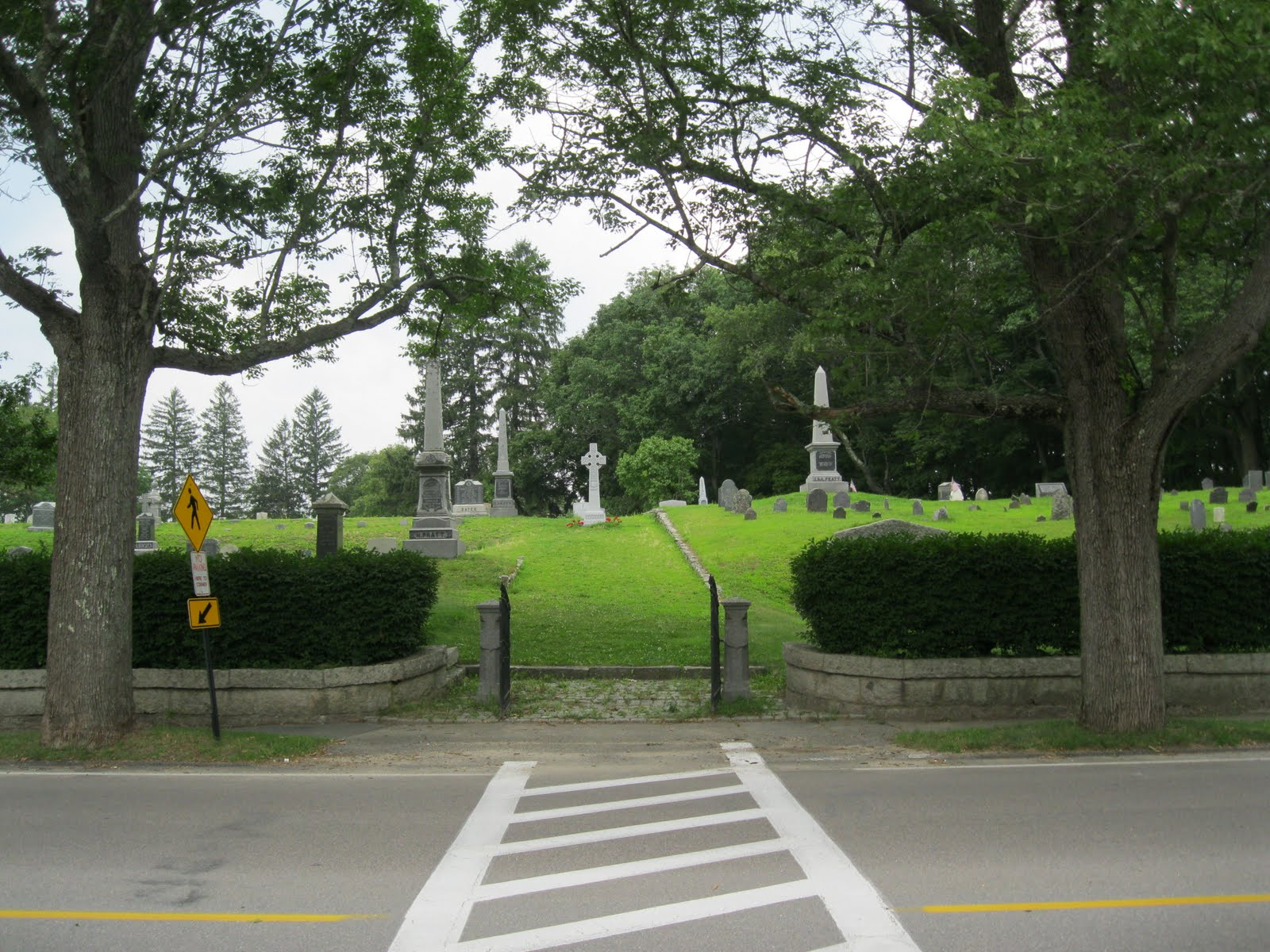 The old colony graveyard rabbit the beechwood cemetery for The beechwood