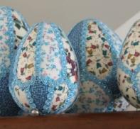 Decorare le uova di pasqua racconti fatti a mano - Decorare le uova per pasqua ...