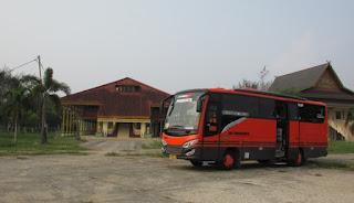 Bus Pariwisata Riau 51