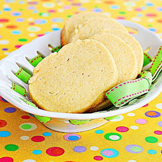 Egg-yolk Cookies | roxanashomebaking.com