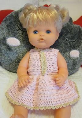 Vestido muñeco Nenuco de crochet