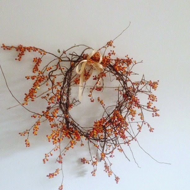 DIY natural holiday wreaths