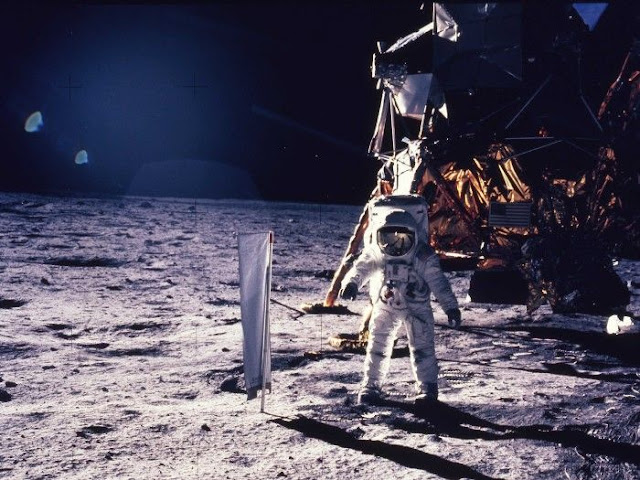 Neil Armstrong: On The Moon We Were Ordered By ALIENS To 'Move Away'