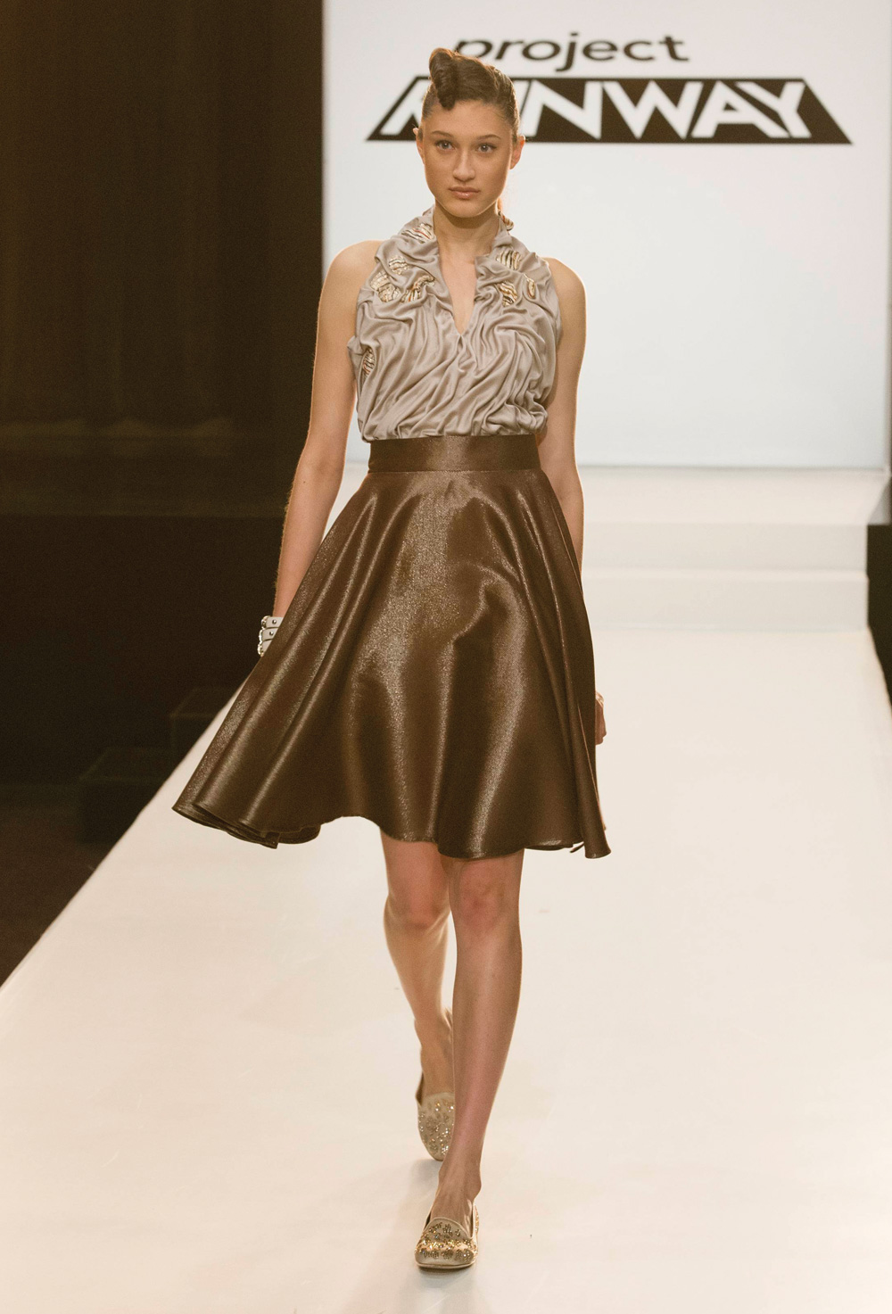 Tirare le fila: Project Runway, Season 12, Episode 7: Inside Mary ... for Drapes In Garments  575lpg