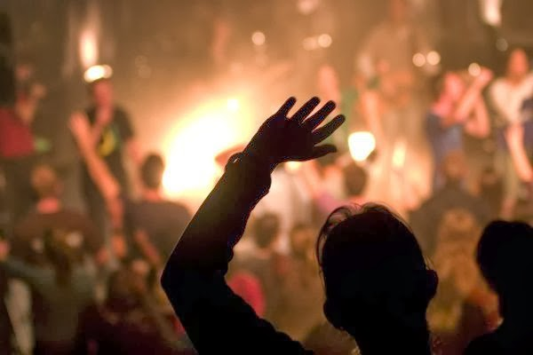 The Problem With Modern Worship ~ Ministry Best Practices