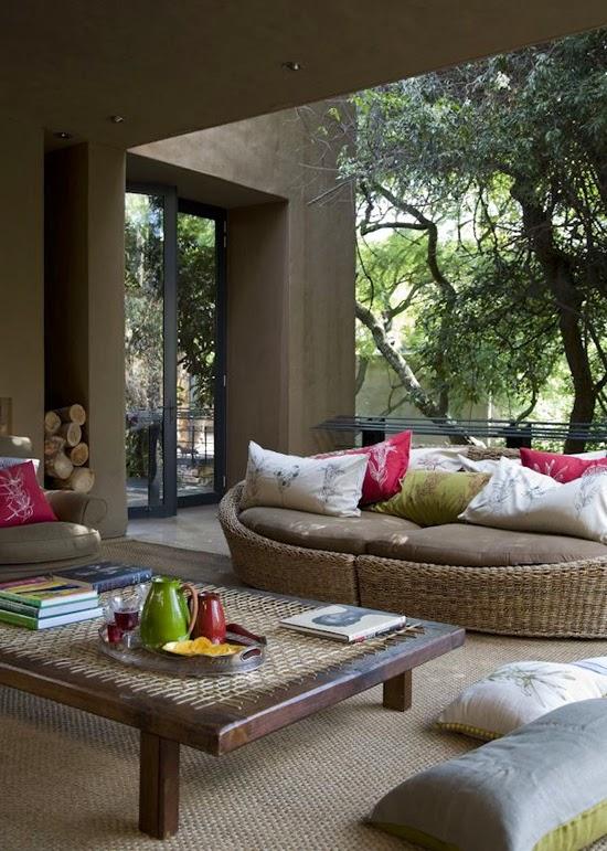 Safari Fusion blog | Safari style indoor outdoor living in South Africa via David Ross Photograph