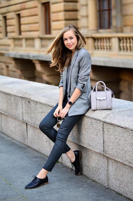 calca jeans escura