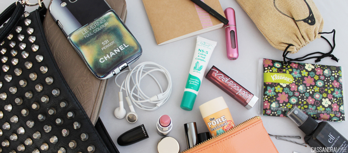 WHAT'S IN MY BAG // Guest Post on Laura Laura Blog - CassandraMyee