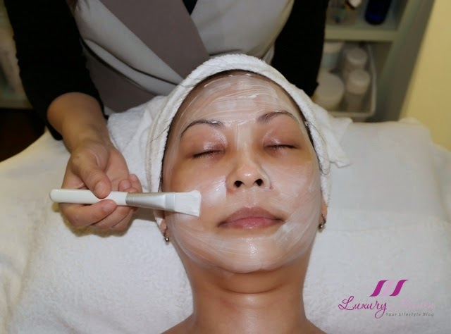 singapore lifestyle blogger reviews maria galland cocoon mask treatment