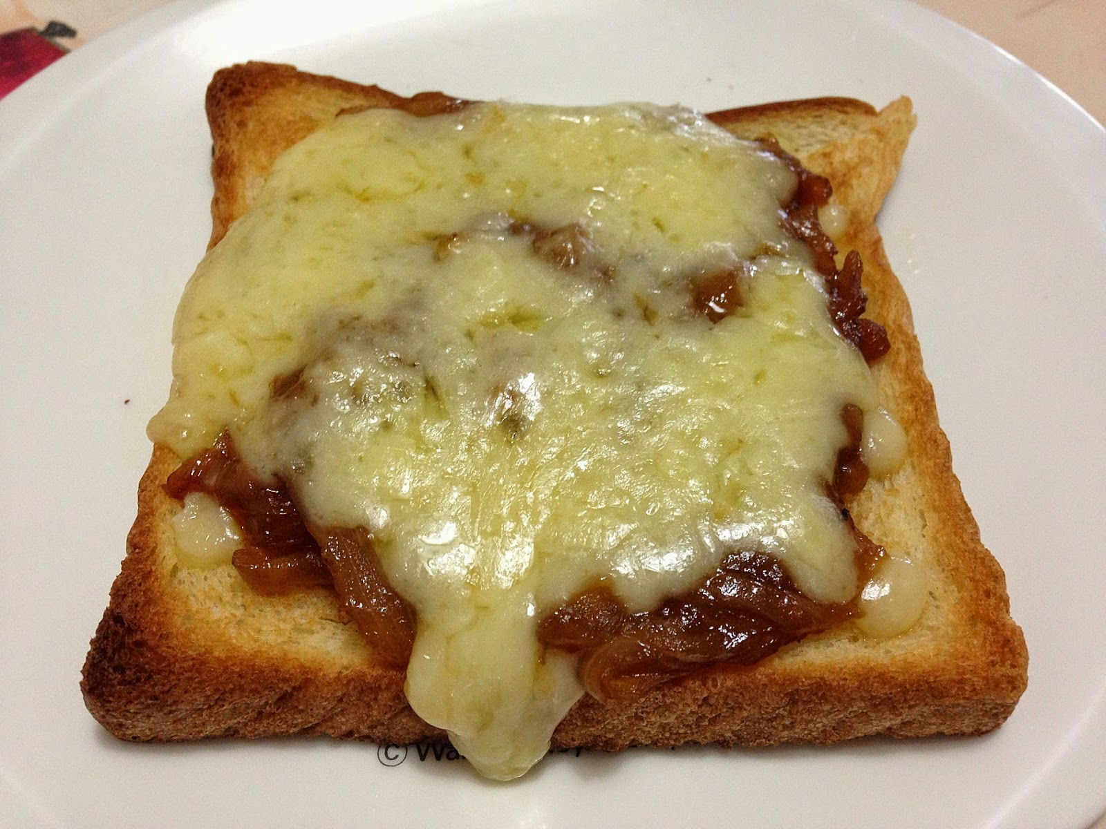 "FoodieFC: French Onion ""Soup"" Sandwich Recipe"