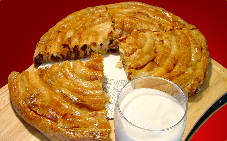 Bosnian food august 2012 burek is popular meal in bosnia burek is a common term to refer the pie or pita with meat inside forumfinder Images