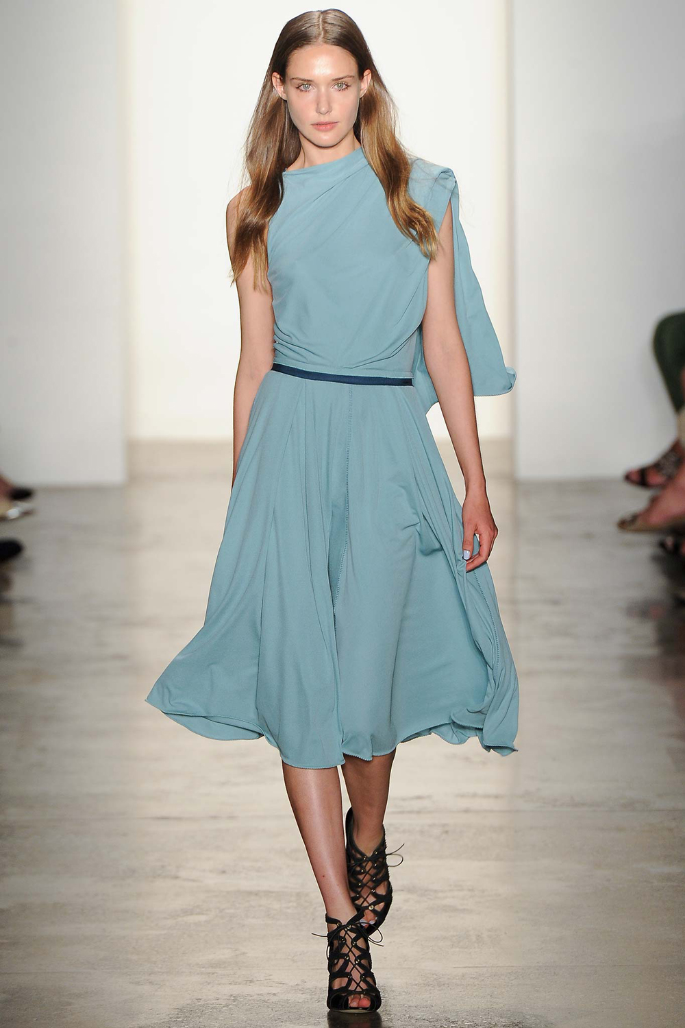 Pantone Colour Report Spring 2015 trends / aquamarine / how to wear aquamarine / outfit ideas / fashion collections S/S 2015 / Costello Tagliapietra Spring 2015 / via fashioned by love british fashion blog