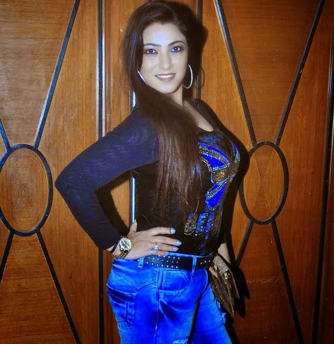 Pandit Ji Batai Na Biyah Kab Hoi 2 New Actress Shinjini Kulkarni Wallapper