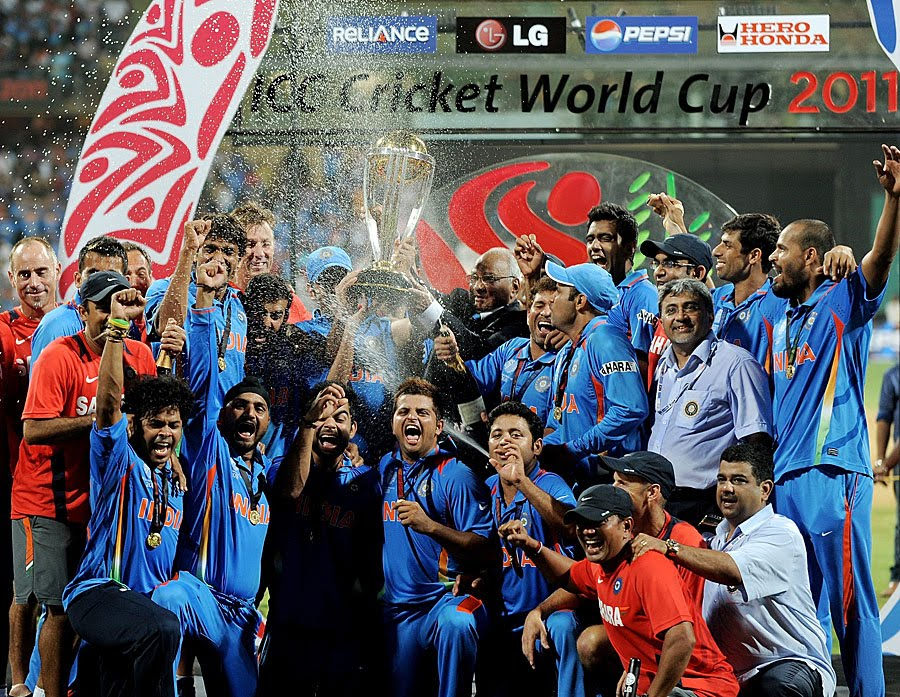 world cup 2011 winners group photo. world cup 2011 winners group