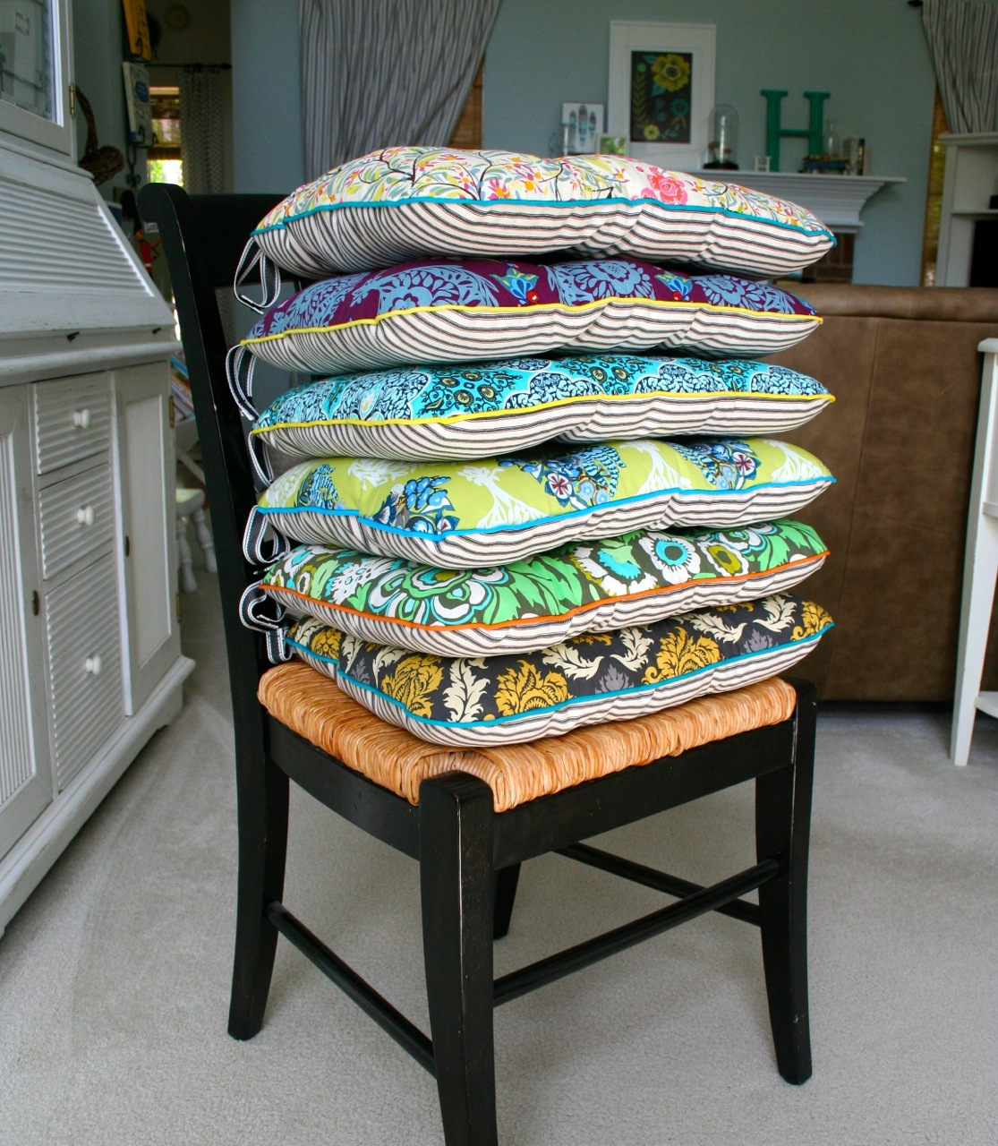 Chairs Pads mmmcrafts: six cushions only took ten years. now you make some.