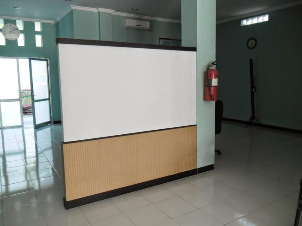 Rak Tv & Sekat Minimalis - Furniture Semarang 04
