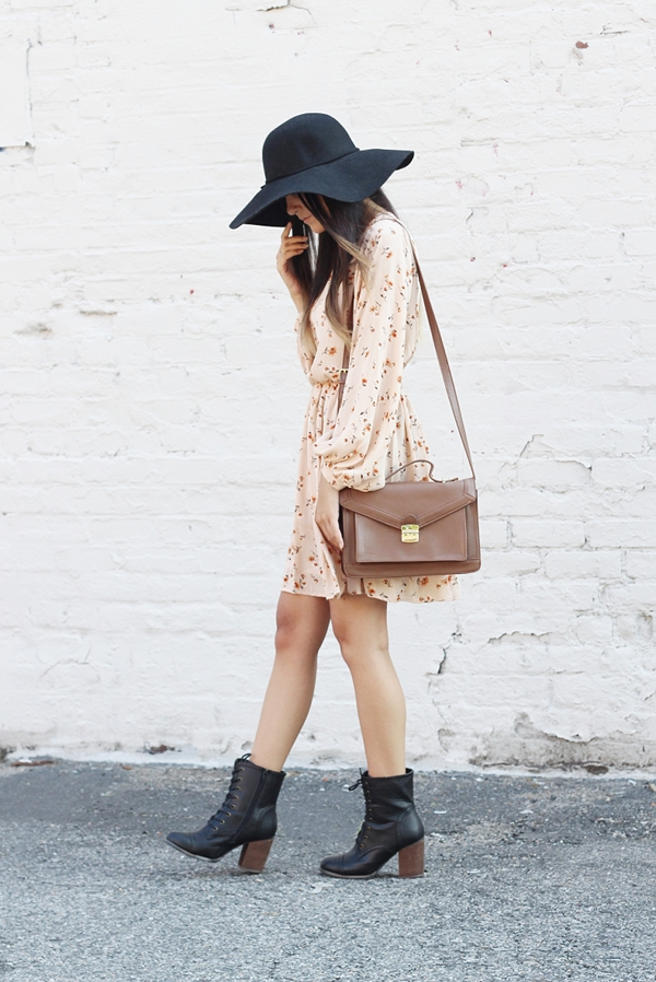 Jessica Lemos jesslemos jess Pink Blush peasant long sleeve floral dress open back floppy hat combat boots with heel brown satchel Jenny Present charm gemstone necklace