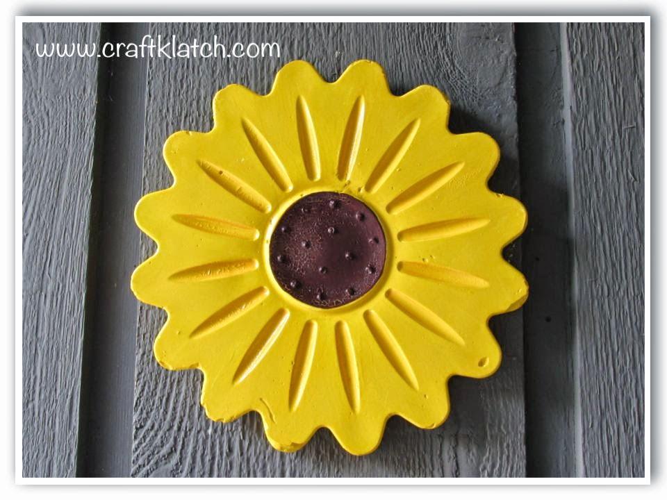 Craft Klatch ®: DIY Plaster Garden Art - Flower Wall Hanging