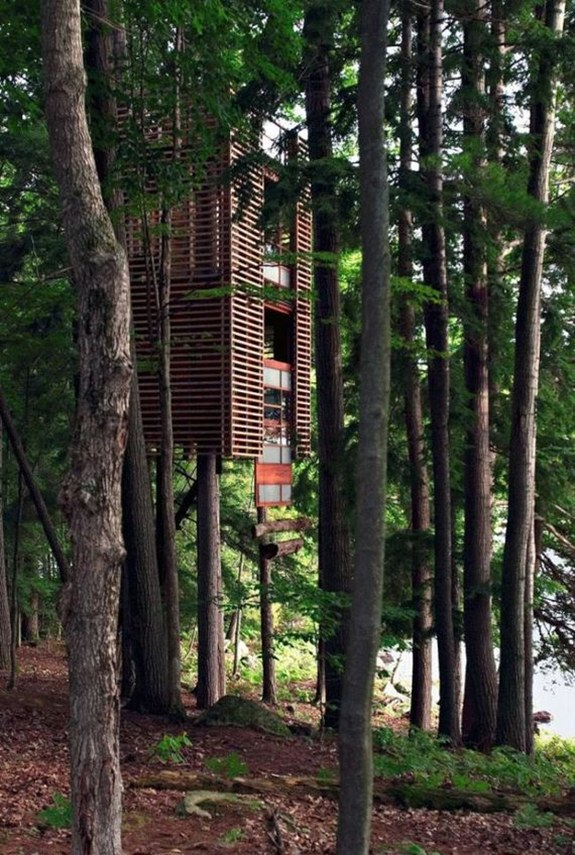 Treehouse in Muskoka — Ontario, Canada
