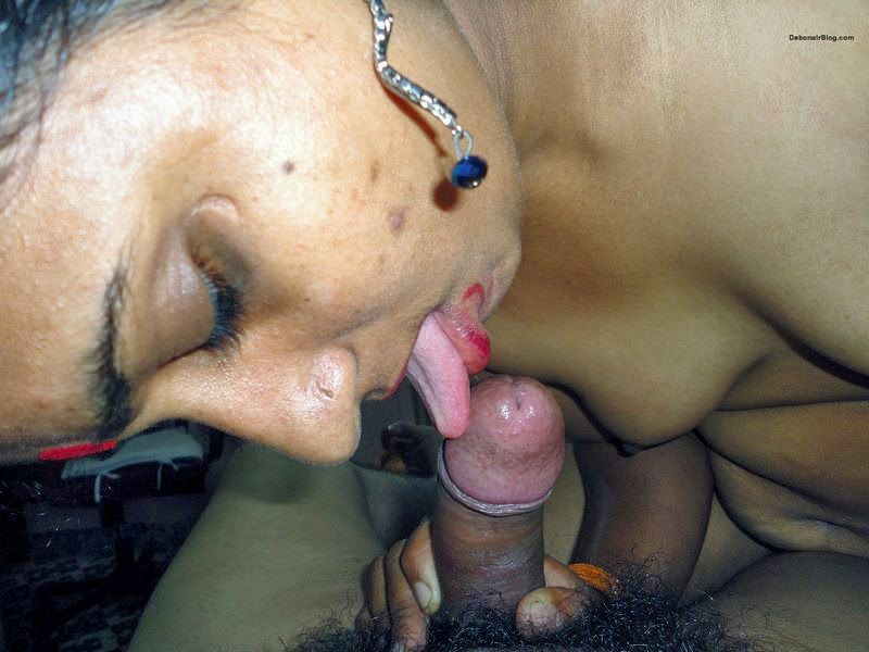 video aunty sucking cock