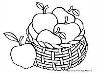 Gambar Sekeranjang Apel Yang Baru Dipetik