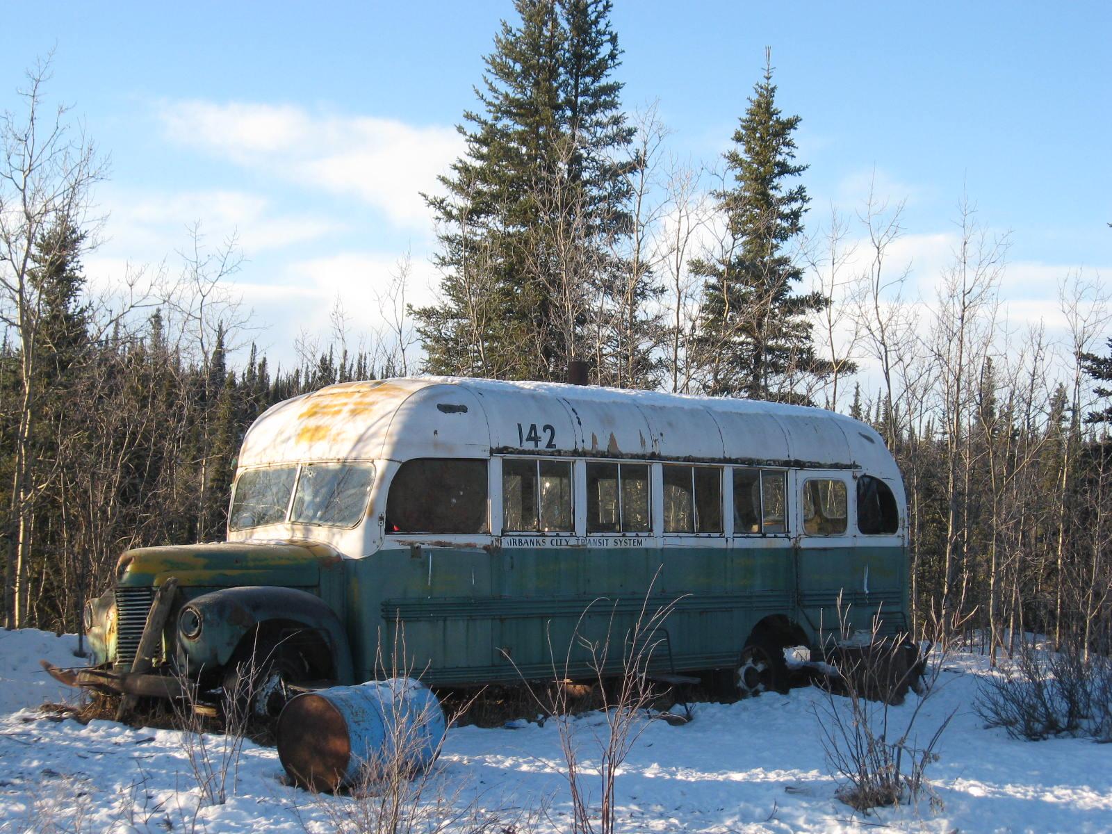 http://4.bp.blogspot.com/-5a8v4sfMNZU/UC7vGN7ZYtI/AAAAAAAAAp0/eVxxUaHRyJo/s1600/mccandless-bus2.jpg