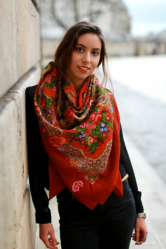 french scarf red pattern comtesse sofia paris high quality