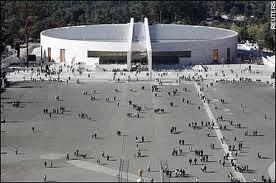 Gereja Terbesar di Dunia