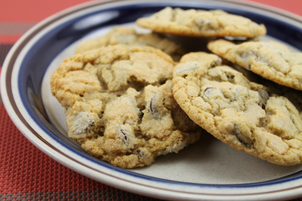 Ultimate Chocolate Chip Cookies {with DARK brown sugar} from @whatchamakinnow
