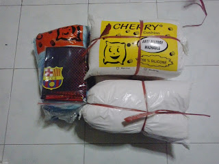 Dokumentasi Packing Bantal Guling Silikon