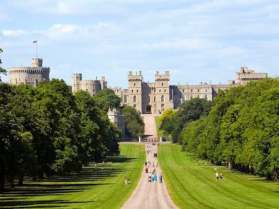 A-of Windsor Castle ... WINDSOR CASTLE *** LEAP CASTLE -