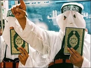 http://4.bp.blogspot.com/-5alN-o3xy6E/VkkmlfNGDBI/AAAAAAAAPbQ/Z77x8pY32rI/s1600/islam_terrorists_koran5.jpg