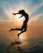 INUTIL - MENTE Percorso di liberazione dalla mente e dall'ego per il risveglio dell'Io Sono.
