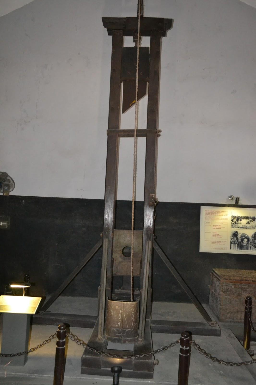 Guillotine,  The Hỏa Lò Prison, hanoi