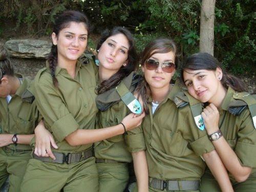 Militer Israel kerap mengandalkan pasukan perempuan untuk menjalankan ...