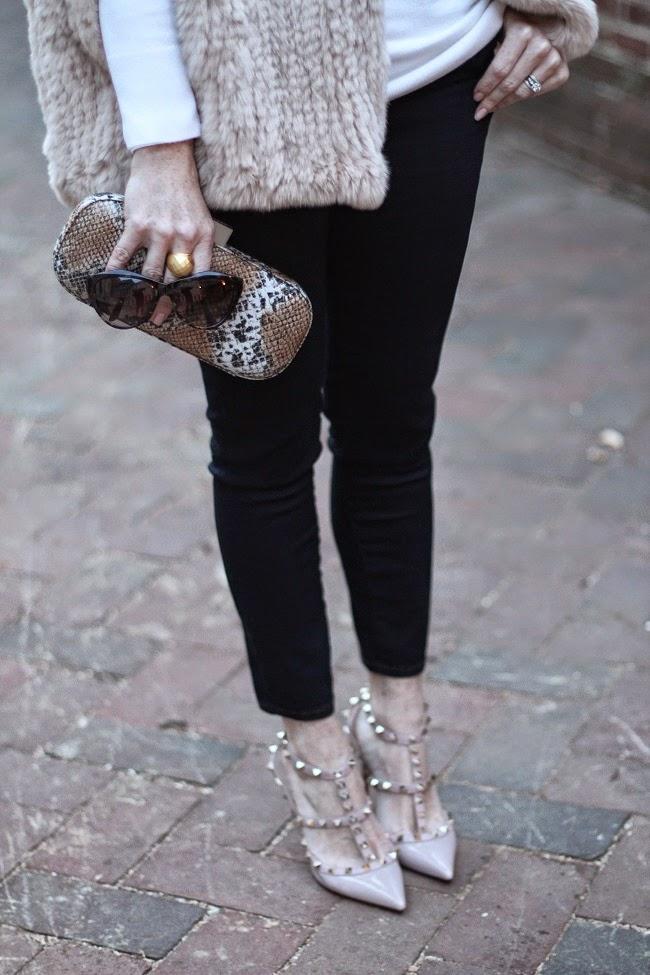 hbrand fur cape, nordstrom cashmere turtleneck, jbrand jeands, valentino rockstud heels, julie vos jewelry