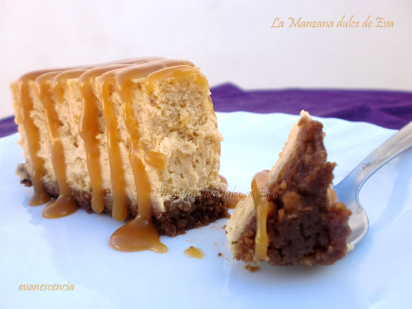 corte tarta queso y calabaza