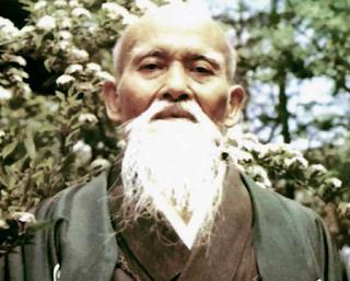 Мастер Морихэй Уэсиба, основатель айкидо, известный как «Великий Учитель»