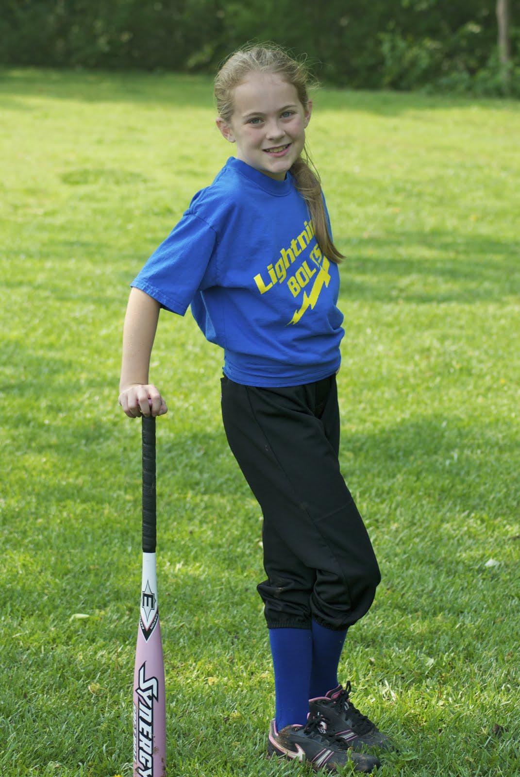 Senior Softball Poses