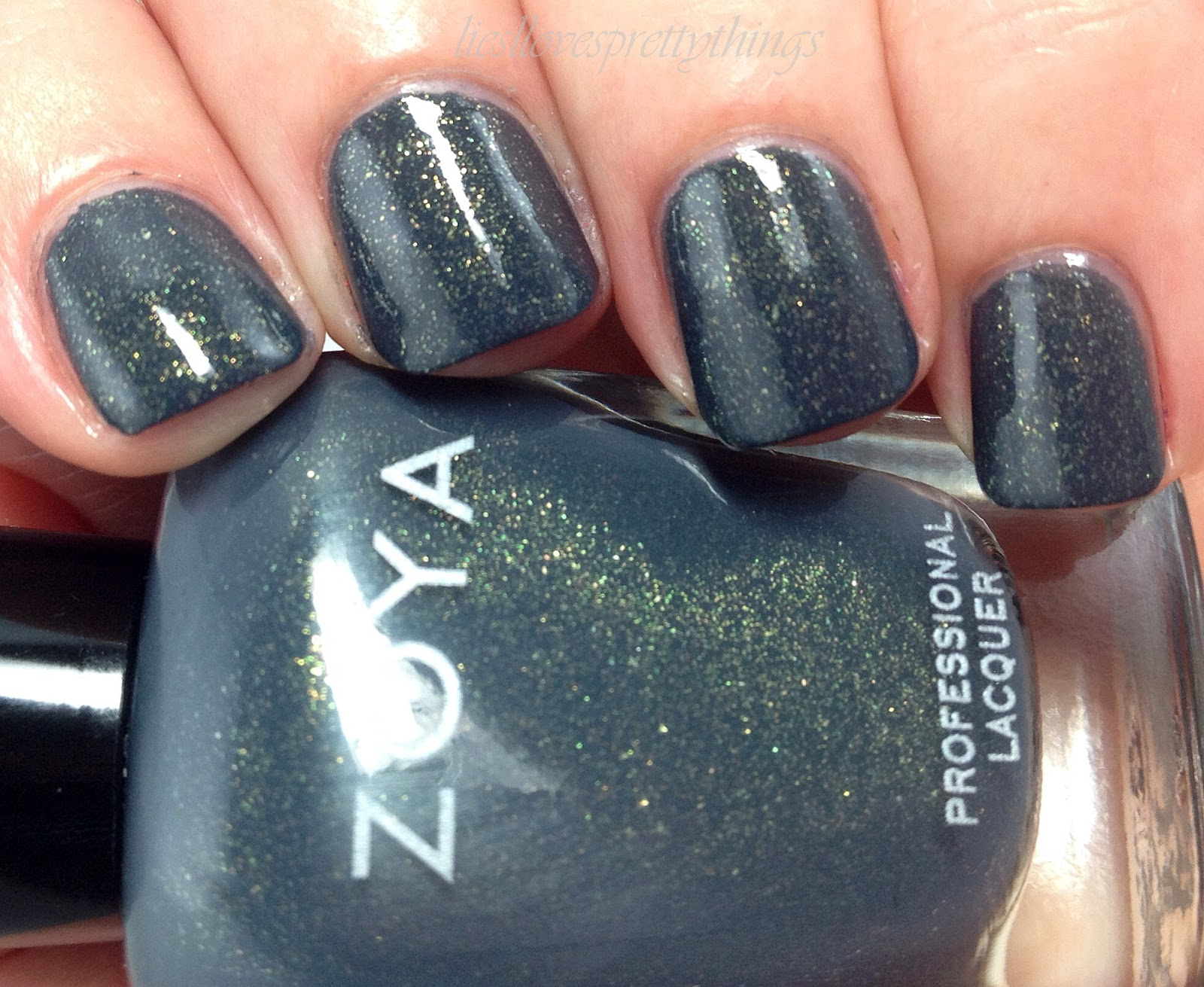 Zoya Yuna swatch and review