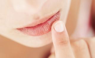 Como fazer hidratante labial caseiro