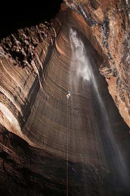 Caverna Ellison – Georgia
