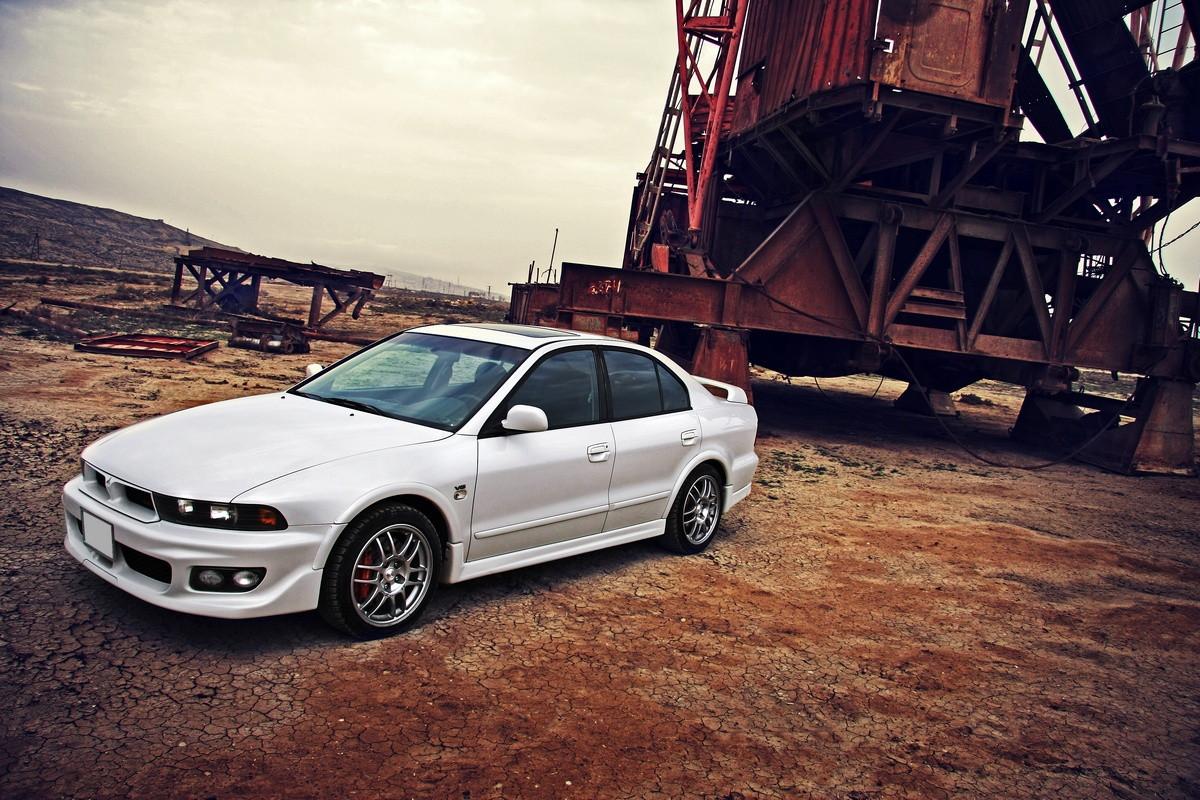 Mitsubishi Galant VIII, piękny design, ciekawe auto, fotki, zdjęcia, fajne samochody, japońskie sedany